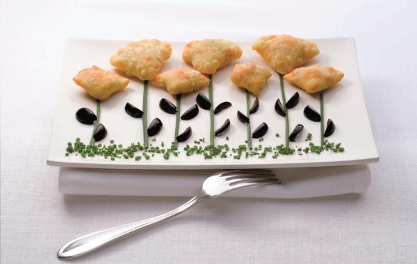 Paszteciki mięsno oliwkowe